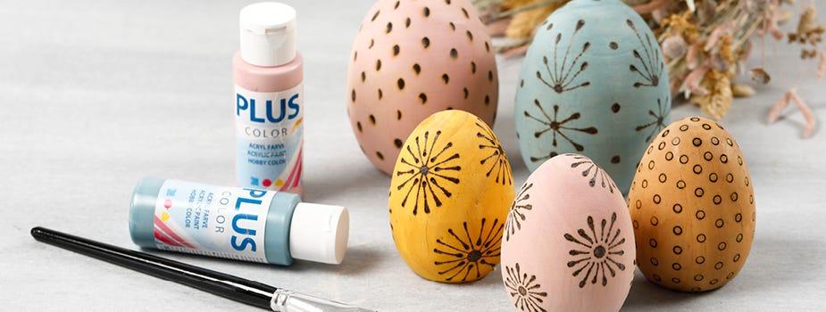 Figuras, huevos y animales para decorar