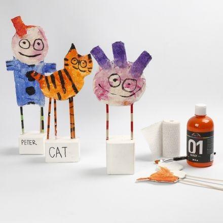Esculturas con vendas de gasa