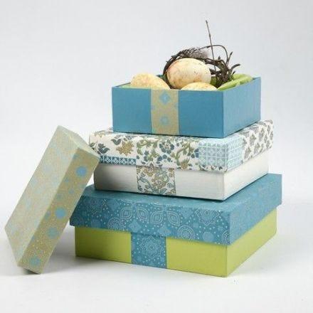 Cajas de papel maché con papel hecho a mano