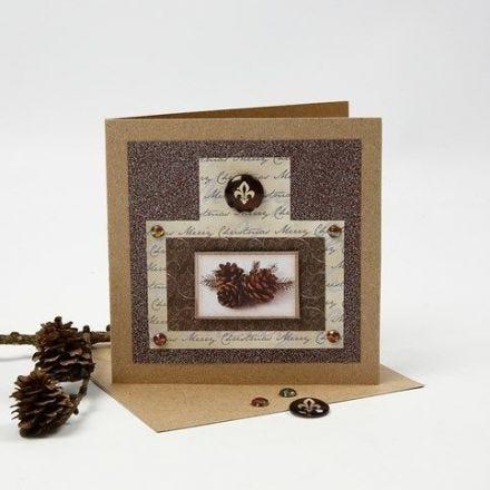 Postal de Navidad con purpurina, papel estampado y cabujón