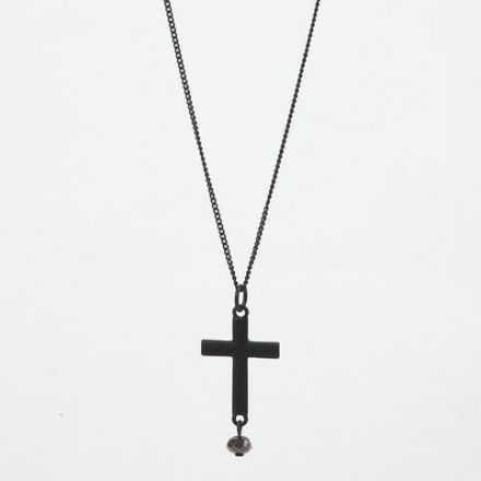 A long black Necklace with a Pendant