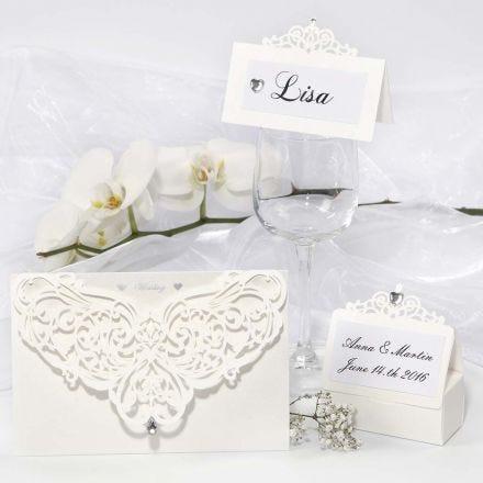 Postales, tarjetas de comensal y decoración de mesa decoradas con filigranas