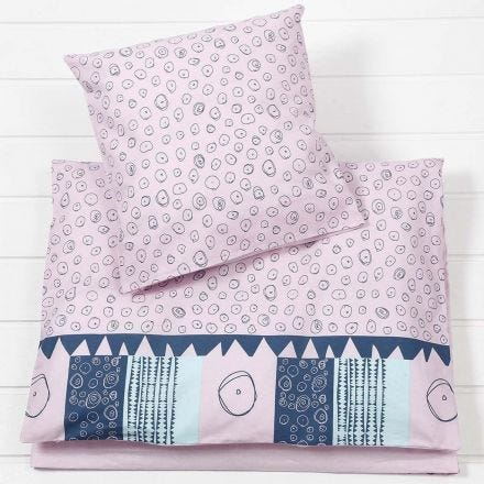 Almohada y colcha para bebé