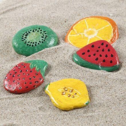 Piedras decoradas con rotuladores Uni Posca