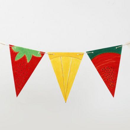 Banderola con cartulinas decoradas