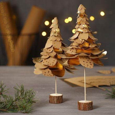 Árboles de Navidad de papel imitación cuero perforado en capas