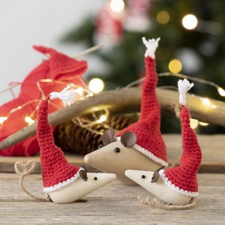 Gorros de elfos minis para ratón de madera hecho en ganchillo