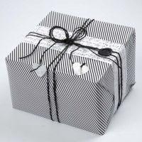 Vivi Gade Design Gift Wrapping (Paris Series) with a waxed Seal