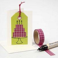 Etiqueta de manila con diseño hecho con washi tape