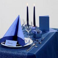 Inspiración de fiesta con decoraciones de mesa azul