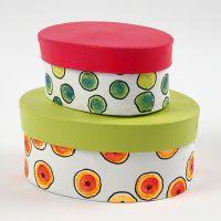 Cajas de cartón pintadas, decoradas con puntitos de colores