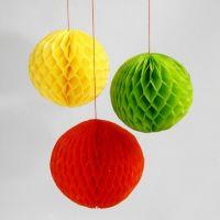 Bolas de navidad de papel nido de abeja