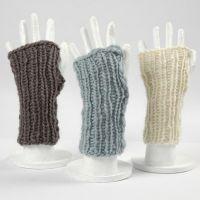 Mitones sin dedos hechos con lana