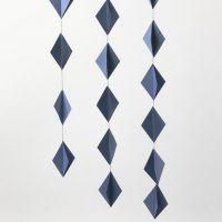 Decoraciones colgantes con diamantes de cartulina en 3D