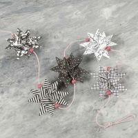 Guirnalda de estrellas de papel con la colección Paris de Vivi Gade
