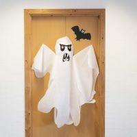 Fantasma con tela de imitación