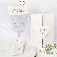 Decoraciones de boda con corazones adhesivos