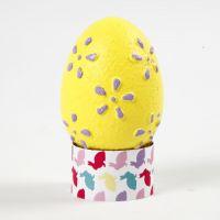 Huevo de pascua con diseño en embossing