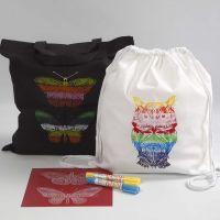 Bolsa de la compra y mochila decoradas con ceras