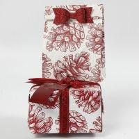 Bolsas de papel con decoraciones y papel de Vivi Gade