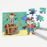 Un puzzle de piratas decorado con rotuladores
