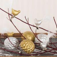 Adornos de vidrio y pájaros de cristal decorados con pintura de cerámica de color Glas y plumón