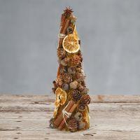 Un cono decorado con sisal y materiales naturales