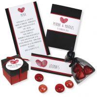 Invitación, porta nombres, menú y decoración de mesa en rojo y negro